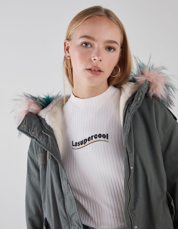 071c51b8cdef Short faux fur-lined jacket - BERSHKA