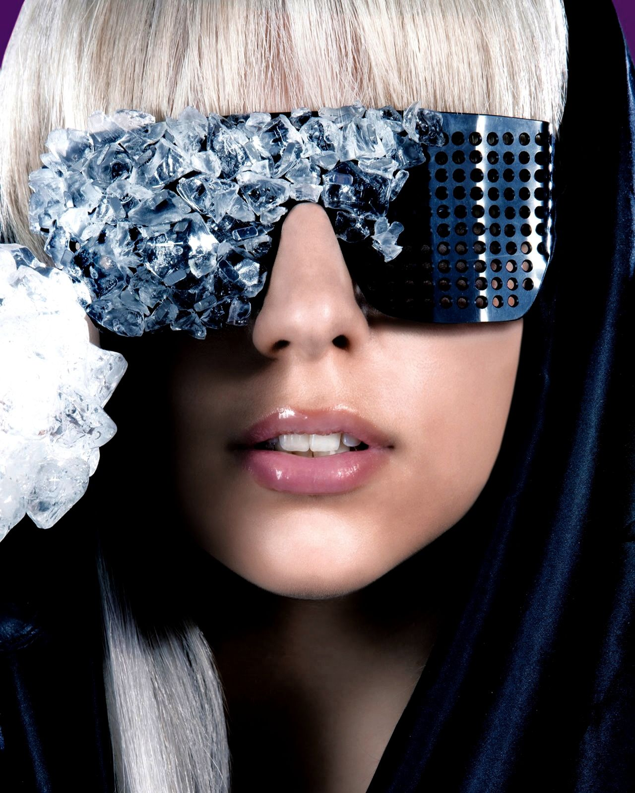 Full picture of Lady Gaga's The Fame cover