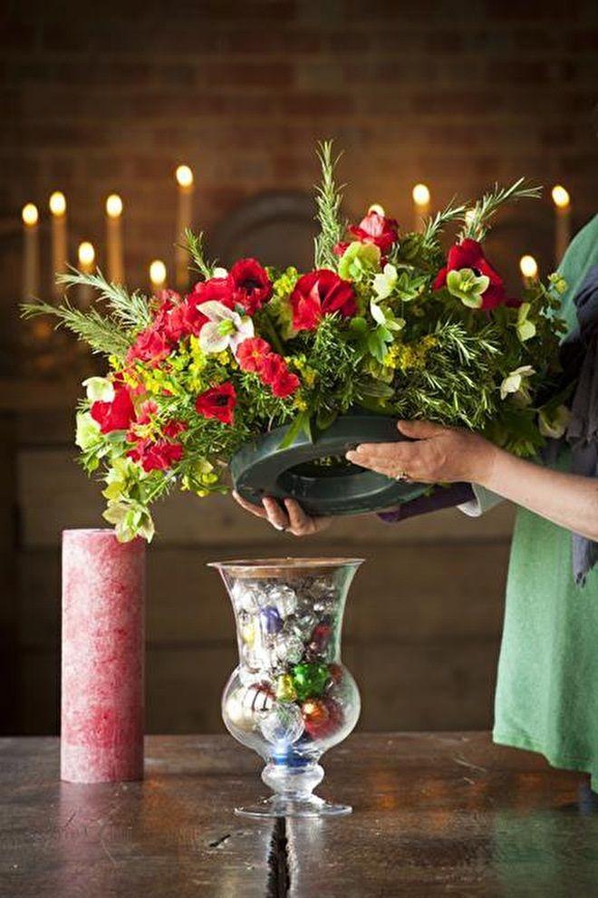 How To Make A Christmas Vase Centrepiece Pinterest Christmas