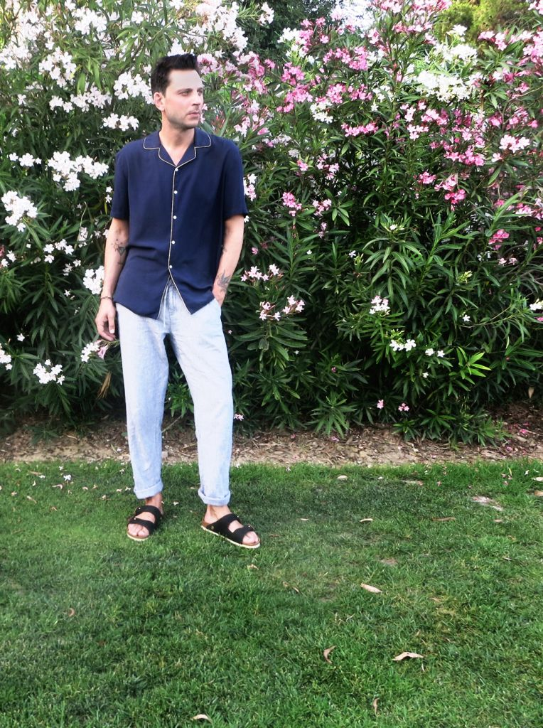wearing  pajama shirt by Zara / Trousers by United Colors of Benetton / sandal by Birkenstock  Photos by Dani