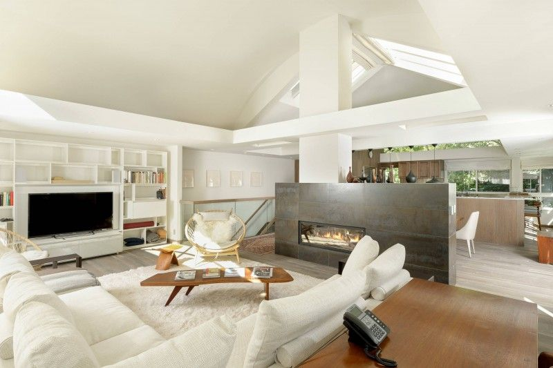 Open High Ceiling Sloped Ceiling Gas Fireplace Wooden Floor White Sectional Sofa Rat Open Concept Living Room Small Living Room Design Contemporary Living Room #sloped #ceiling #living #room