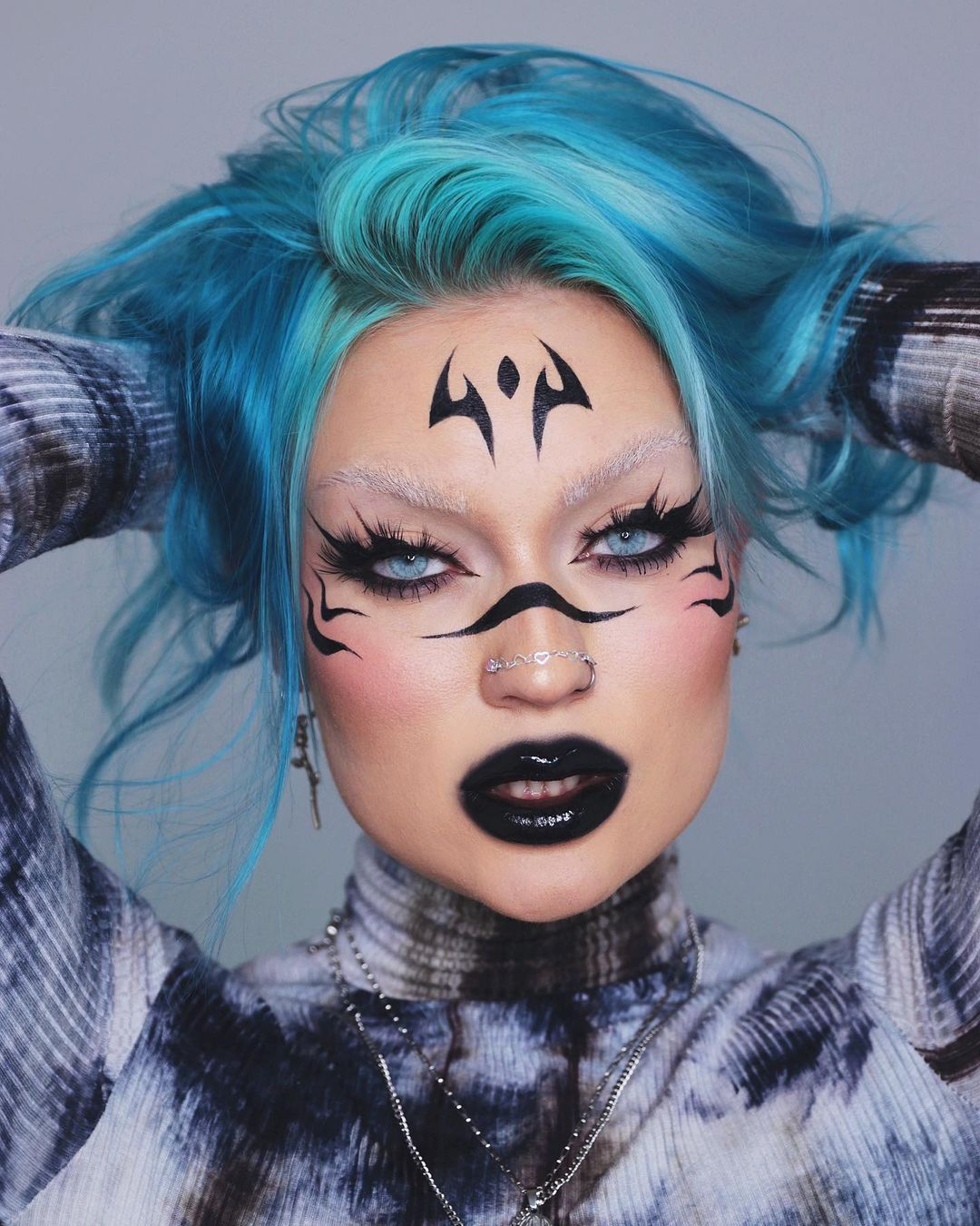 Queen Of Chaos On Instagram Inspired By Sukuna Makeup Jujutsukaisen In 2021 Punk Makeup Edgy Makeup Fantasy Makeup