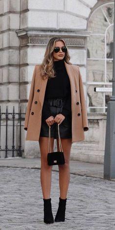 La mini-jupe en cuir | Stylée.fr