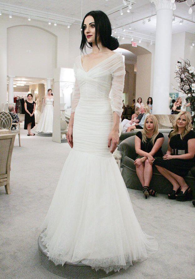 say yes to the dress emily ellis - monique lhuillier dress ...