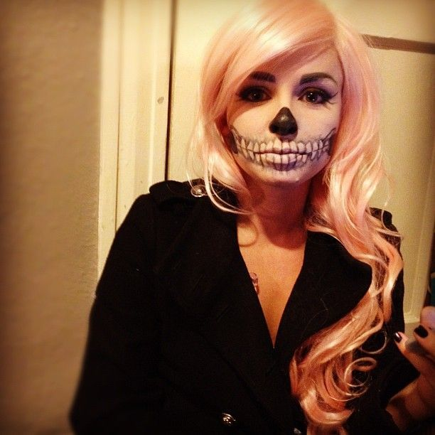 Image Result For Pink Haired Halloween Costumes Halloween Makeup Sugar Skull Makeup Halloween Looks
