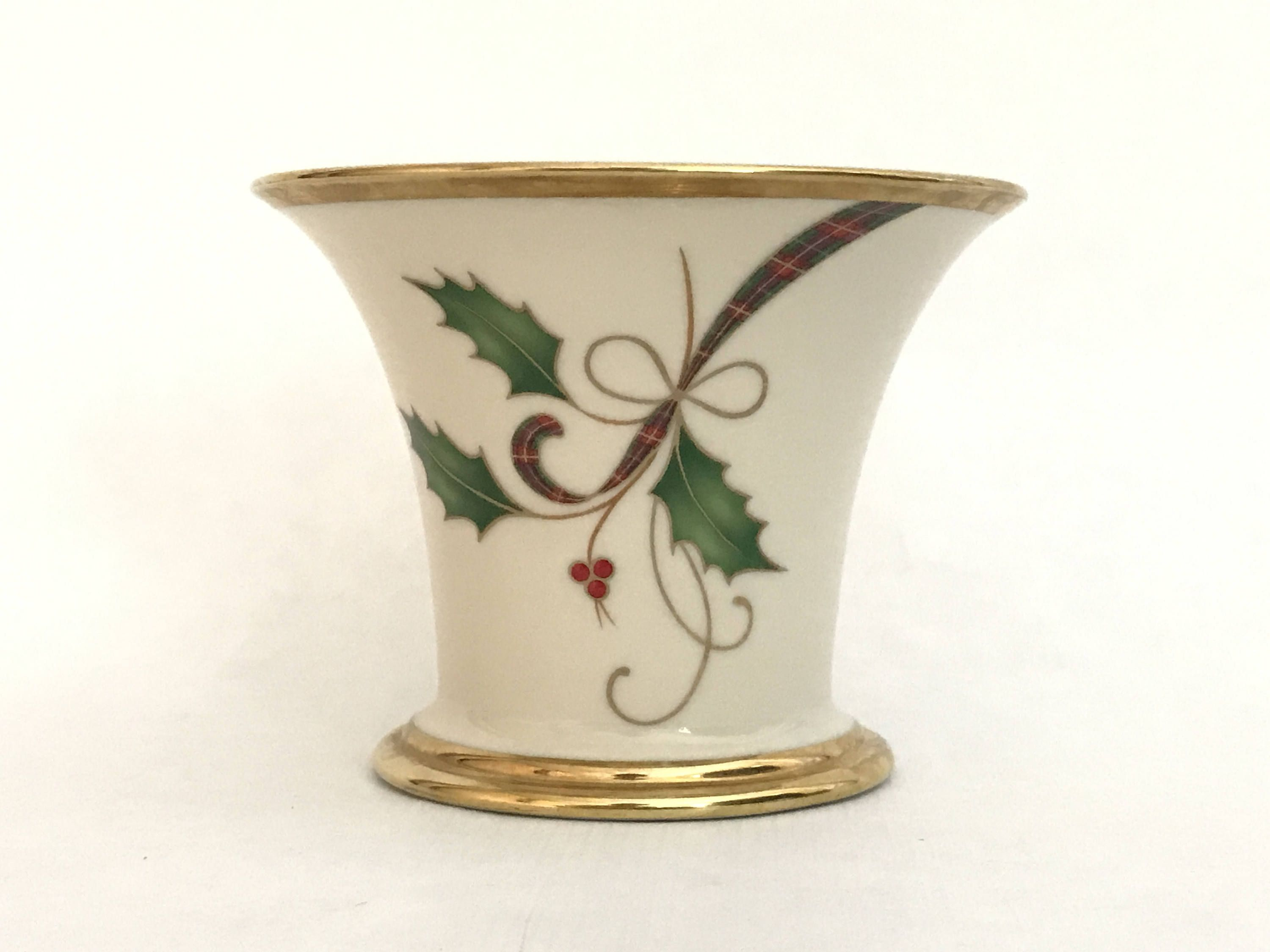 Lenox christmas holiday ivory with gold china votive holder lenox christmas holiday ivory with gold china votive holder porcelain vase holly berries reviewsmspy