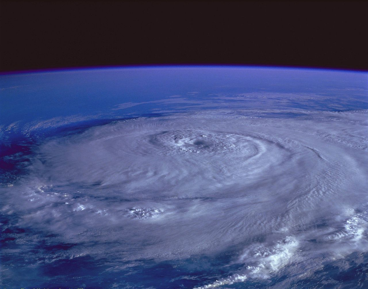 Hurricane Elena Gulf Of Mexico September 1985 1280x1004 R Spaceporn Hurricane Season Hurricane Pictures Storm Images