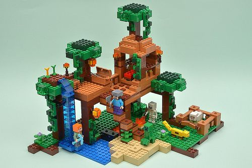Lego Minecraft 21125 The Jungle Tree House Review Lego Minecraft