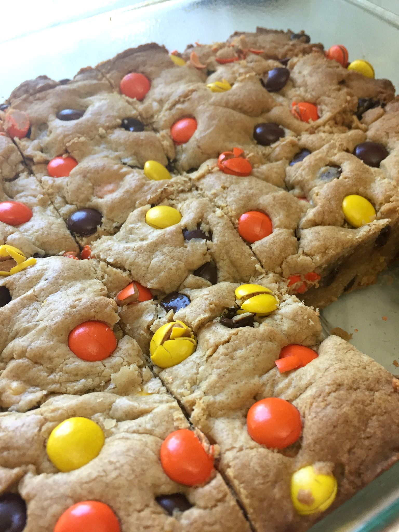 Fillthecookiejar Monster Reese S Pieces Cookie Bars