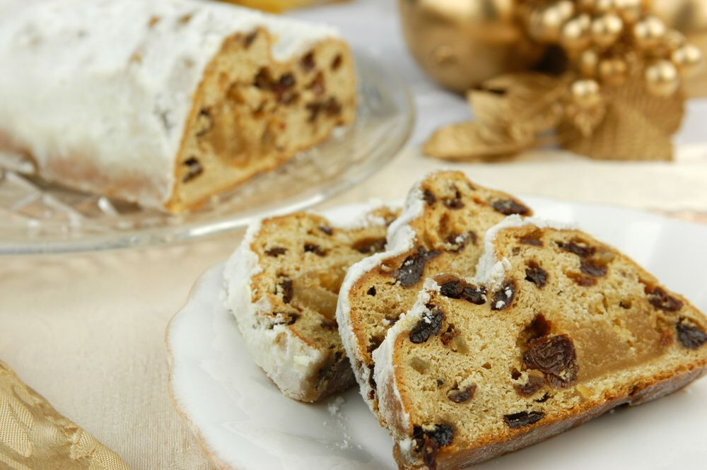 German Stollen cake Food/Pastries Pinterest Stollen cake, Cake