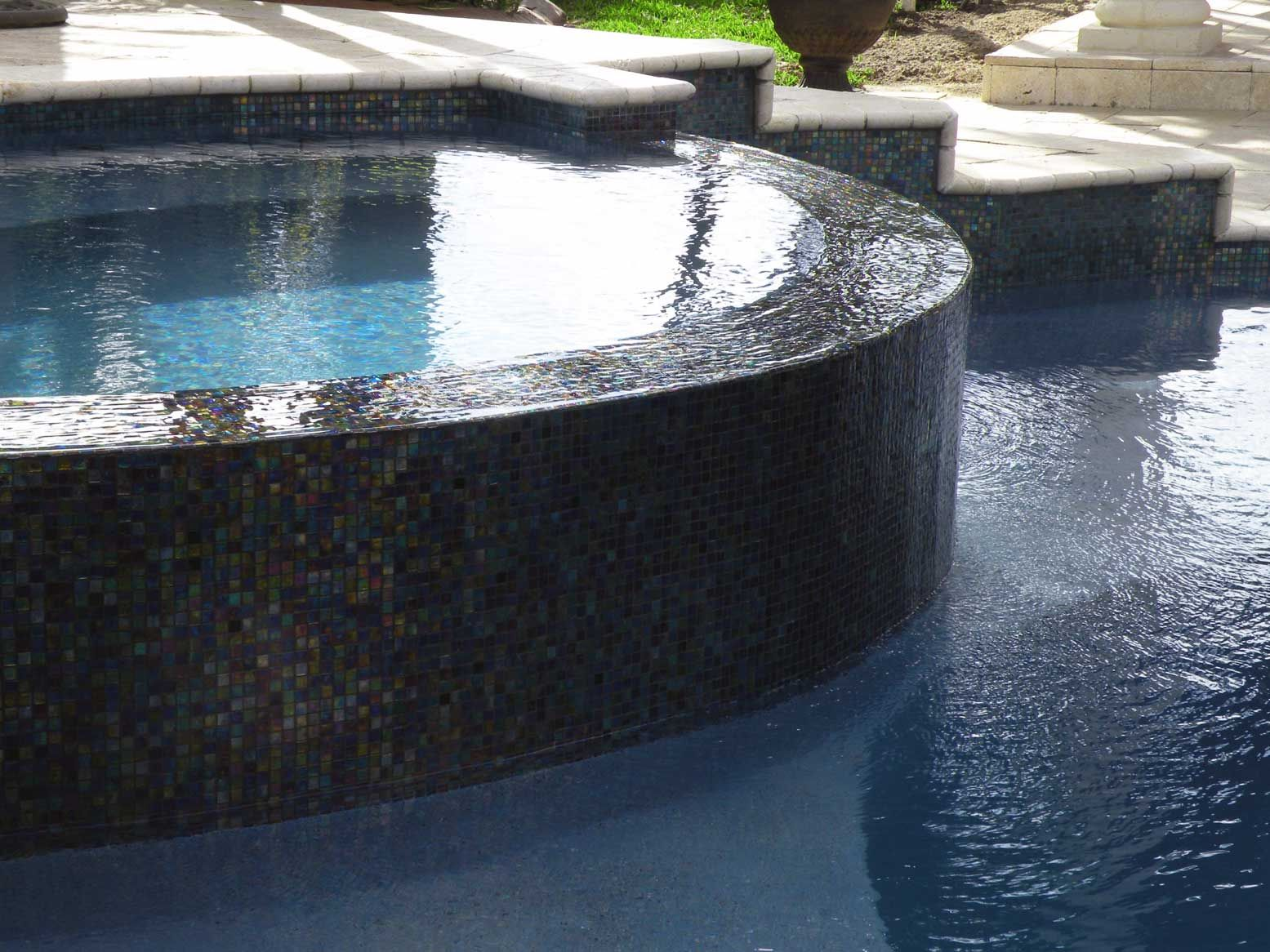 Mixed silver glimmer glass tile swimming pools pool for Swimming pool tile pictures