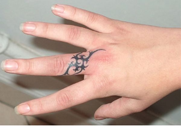 Ring Tattoos Google Search Ring Finger Tattoos Wedding Band Tattoo Finger Tattoo Designs