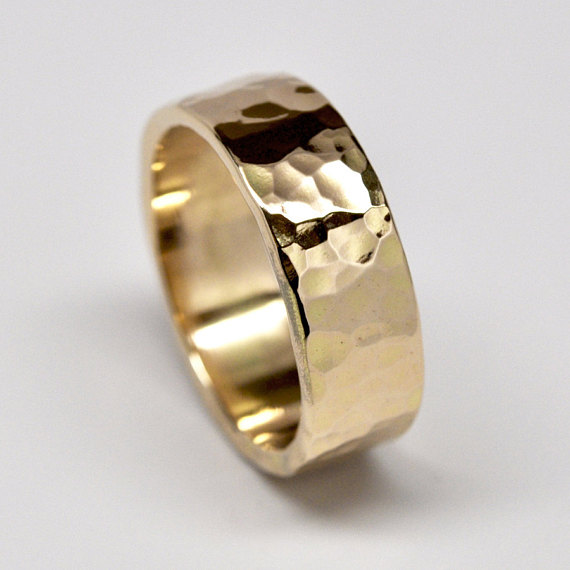 18k Yellow Gold Mens Wedding Band Hammered Gold Ring 8mm Wide Sizes 10 13 Mens Gold Wedding Band Mens Wedding Bands Hammered Mens Yellow Gold Wedding Bands
