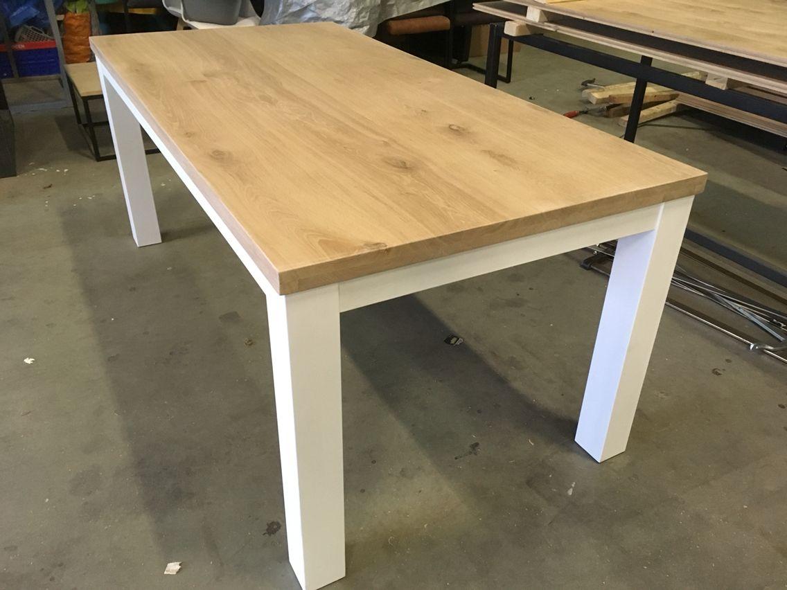 Wit Eiken Tafel : Massief eiken tafel met wit onderstel. www.kaldenbach meubels.nl