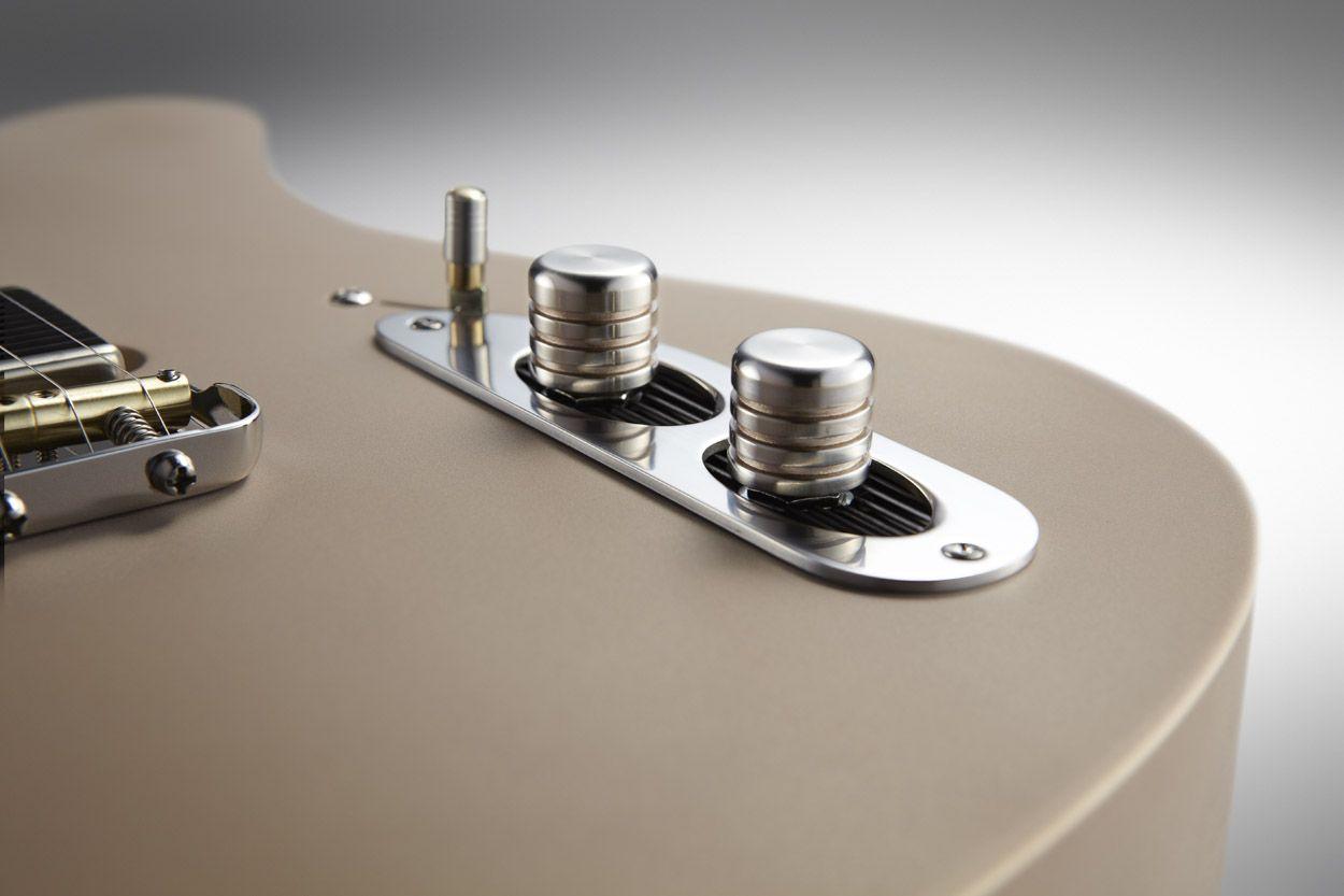 TAO Guitars tribute to Leo. Jewelry.