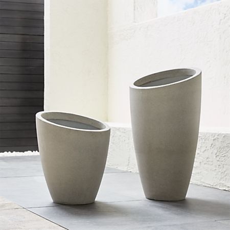 Slant Tall Planter Reviews Crate And Barrel Tall 400 x 300