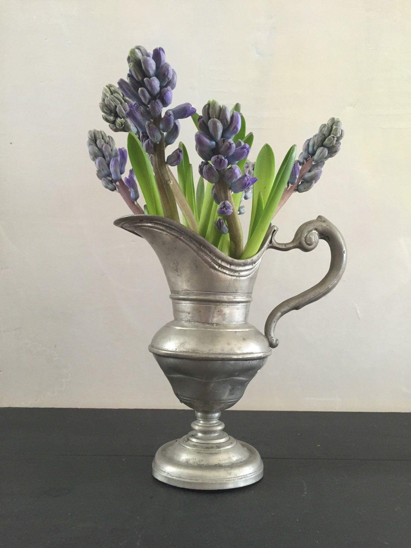 Een persoonlijke favoriet uit mijn Etsy shop https://www.etsy.com/listing/290130353/antique-9-inch-pewter-pitcher-flower