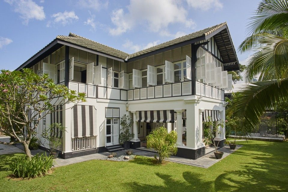 Ken h khoo bought this two story black and white villa on cable road in central singapore for about 4 3 million in 2005 the house is categorized as a