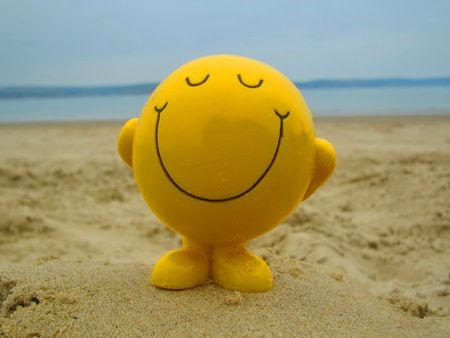 Choose to be happy - smiley, beach