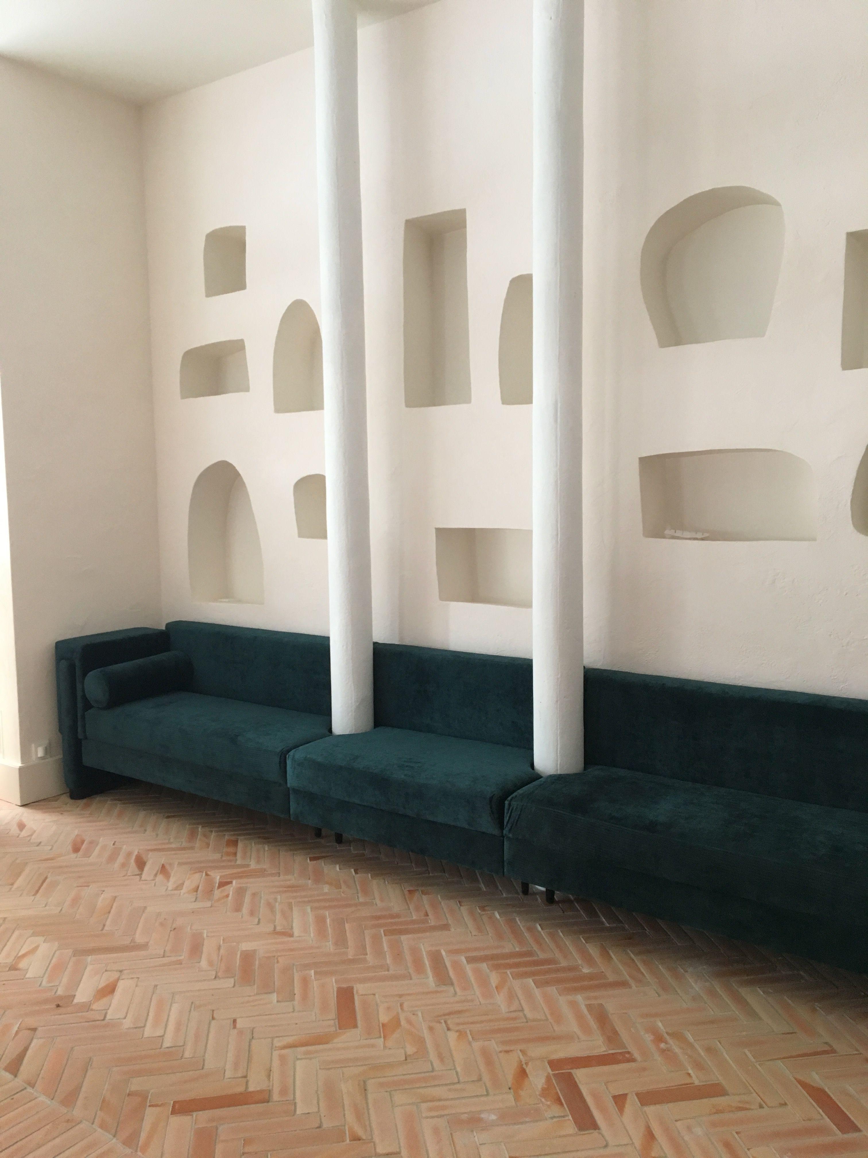 Les Coulisses De L Amenagement De La Riviera En 2020 Deco Maison Architecture Durable Architecture Organique