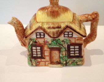 Occupied Japan Cottage Ware Teapot