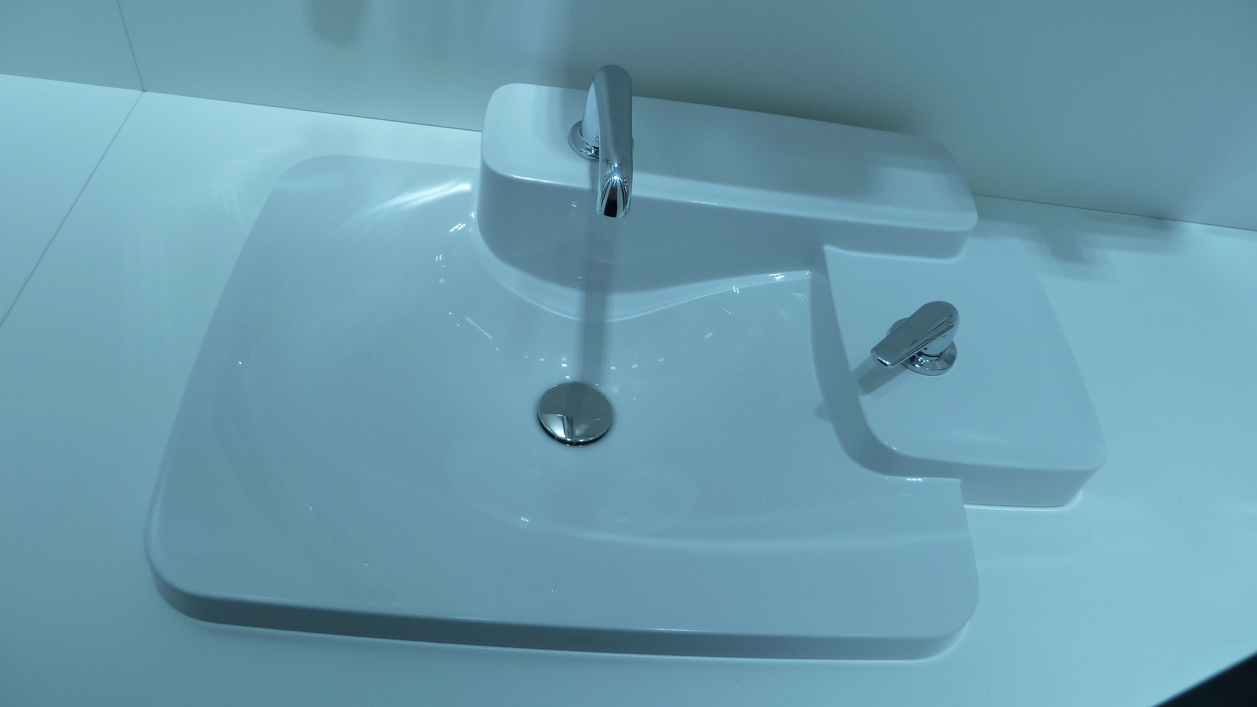 Modern Hansgrohe Bathroom Faucets Ornament - Bathroom - knawi.com