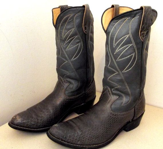 Rockin Vintage Grey leather cowboy boots by honeyblossomstudio, $44.99