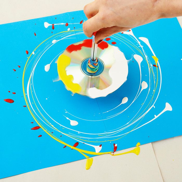 Family how-to: make a paint-splattering spinning t