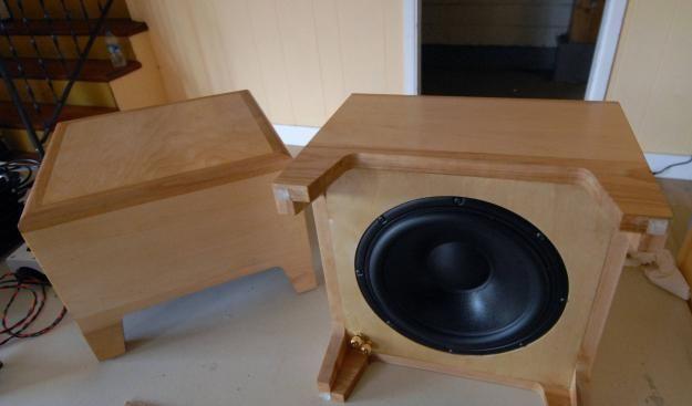 Subwoofer Side Table | Diy subwoofer, Diy audio projects ...