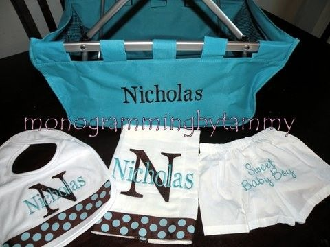 Newborn Personalized Embroidered Gift bib and burb cloth