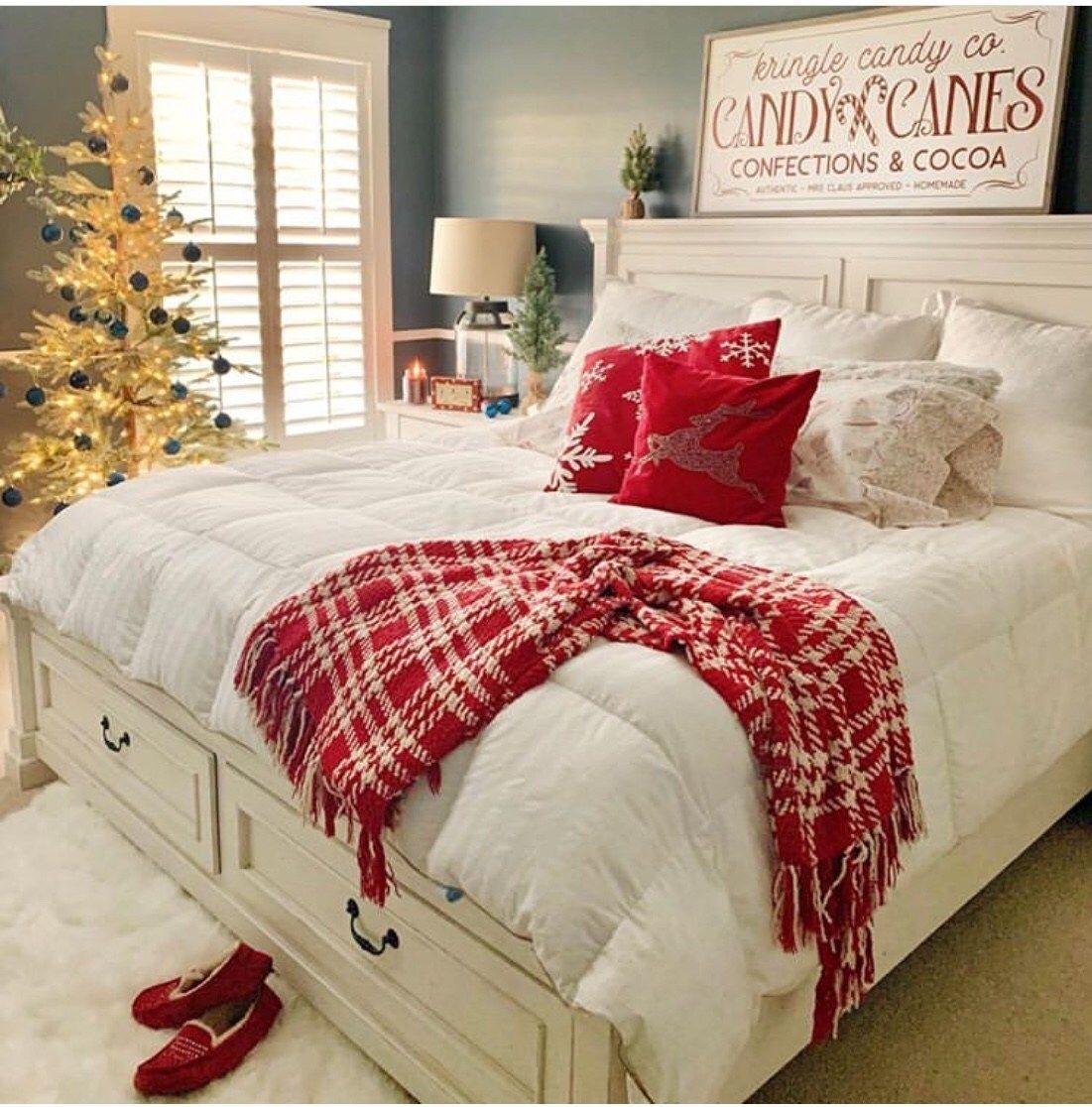 60+ Christmas ideas | christmas bedding