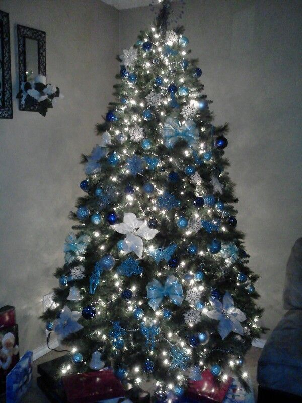 Blue and sliver Christmas tree | Holiday Decor | Pinterest ...