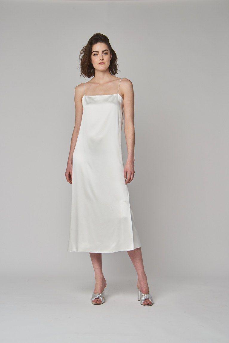 slip wedding dresses for the unfussy bride Свадьба платье