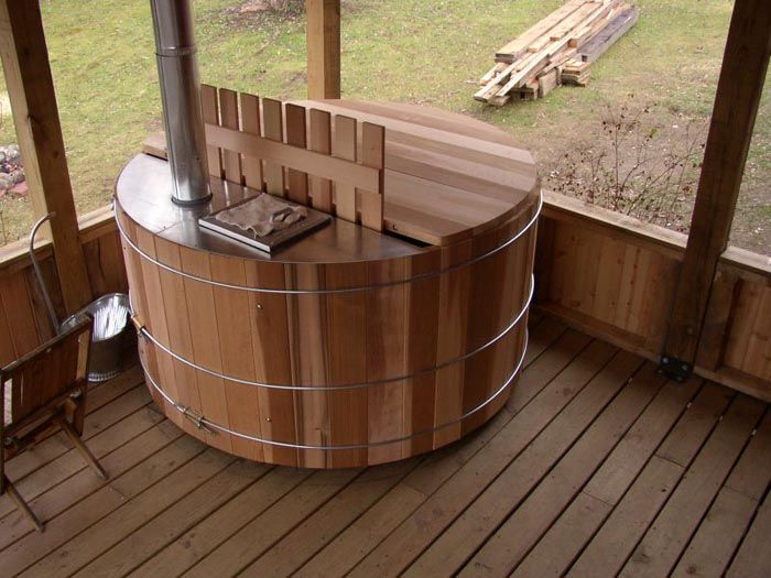 Snorkel Wood Fired Hot Tub Submerged Underwater However Water Can T Get In Seams Are Welded And Only The Air Intake Smokestack Above