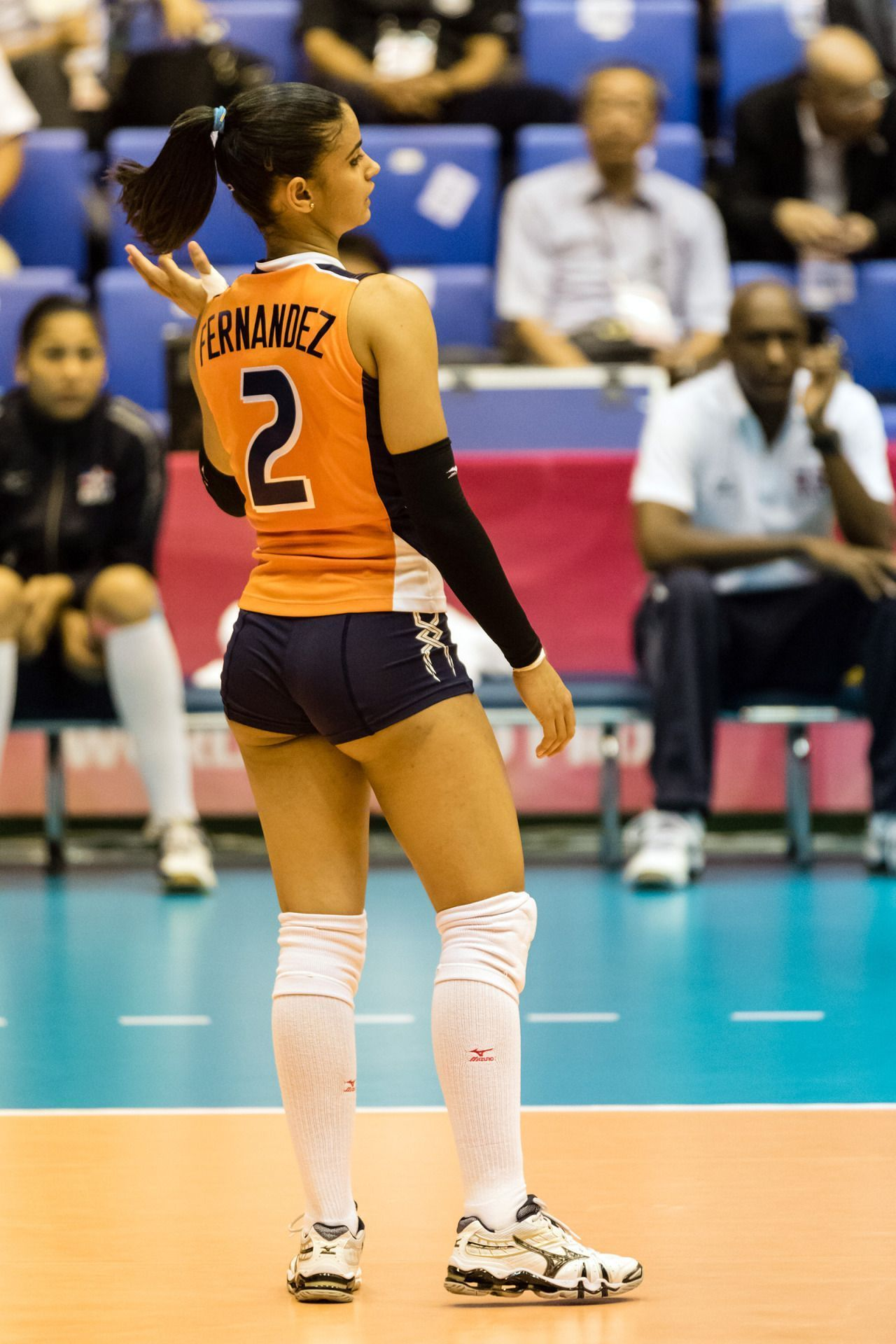 Nootsara Tomkom S Magic Touch L World S Best Setter Volleyball Quotes Volleyball Positions Volleyball