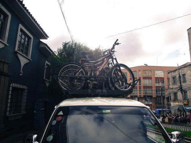Bike does the Deadliest Road in the World in La Paz!