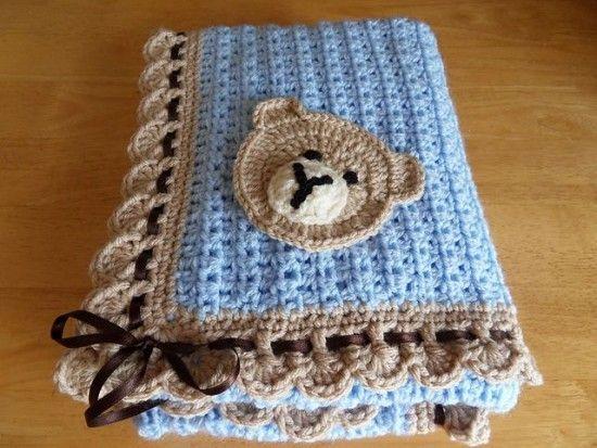 Teddy Bear Granny Square Blanket Pattern | Häkelarbeiten, Deckchen ...