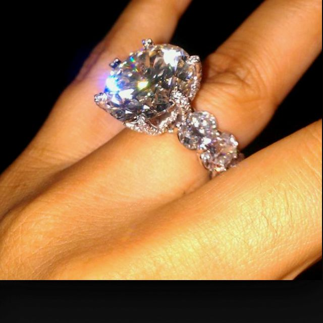 Miss Jacksons engagement ring 205 carats 2 million dollars
