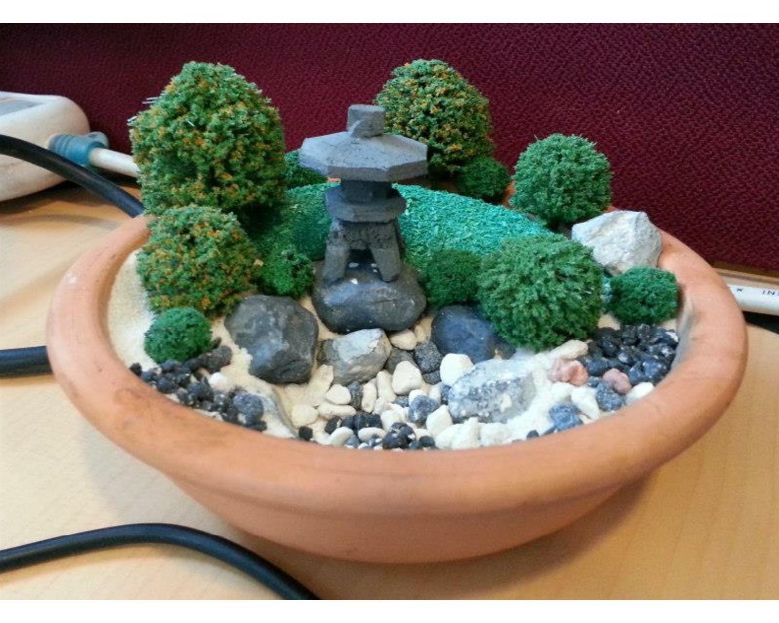 Mini Zen Garden  A Desktop Miniature Zen Garden Arrangement