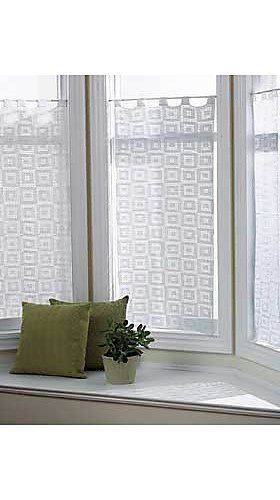 Free Bernat Crochet Curtain Pattern Made Using Cotton Thread