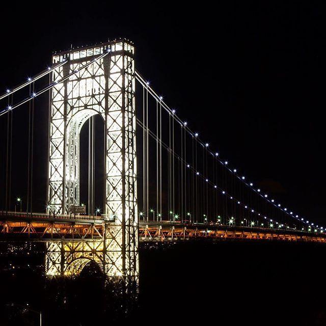 Name that bridge. Photo by @aoifereddan shared using #instagramnyc  #igersofnyc #visualsofny #communityfirst
