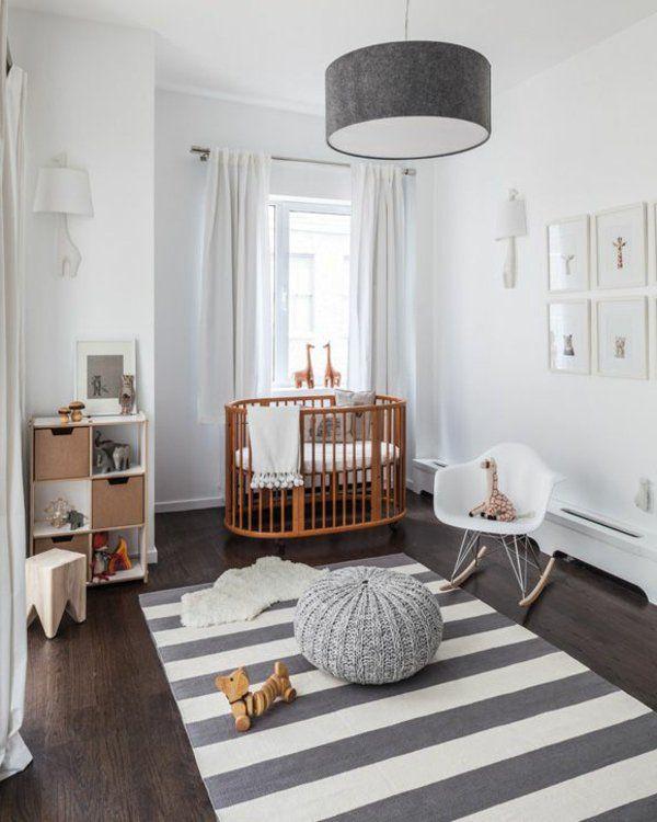 Einrichtungsideen Kinderzimmer Originelle Möbel Grauer Leuchter Teppich In  Streifen