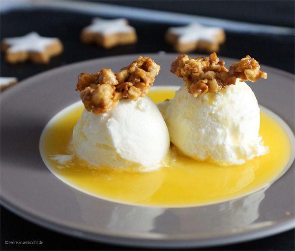 frozen yogurt auf orangenspiegel mit mandelkrokant snacks eis dessert und milcheis. Black Bedroom Furniture Sets. Home Design Ideas