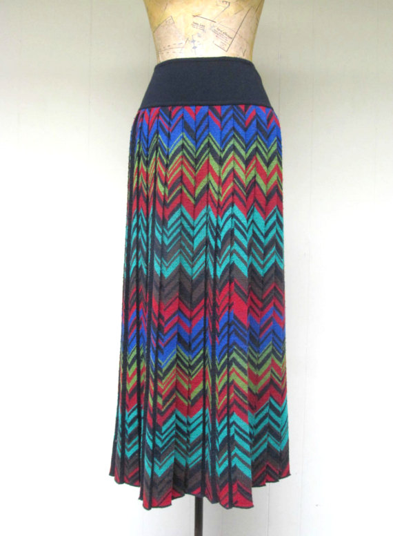 5bbf403626c84 Vintage 1980s Skirt / 80s MISSONI Pleated Wool Knit Chevron Stripe Zigzag  Maxi Skirt / EU 46 Large | Pinterest | Missoni, 1980s and 80s fashion