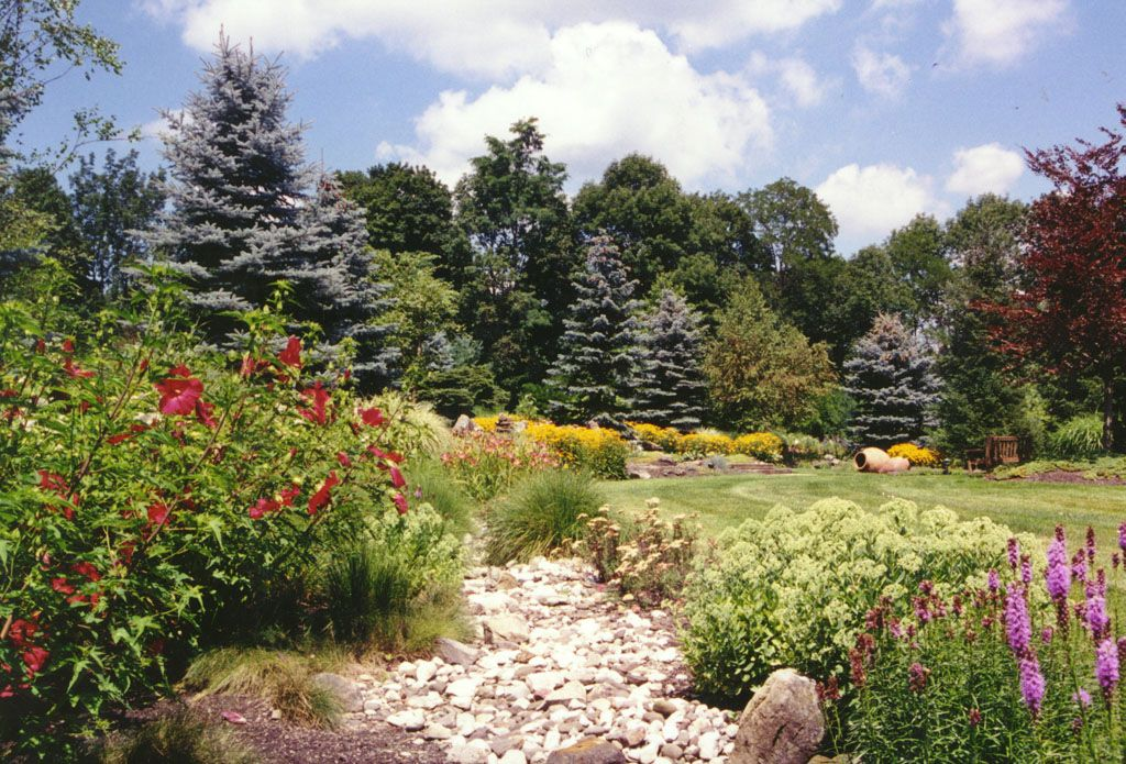 natural landscaping in rockland