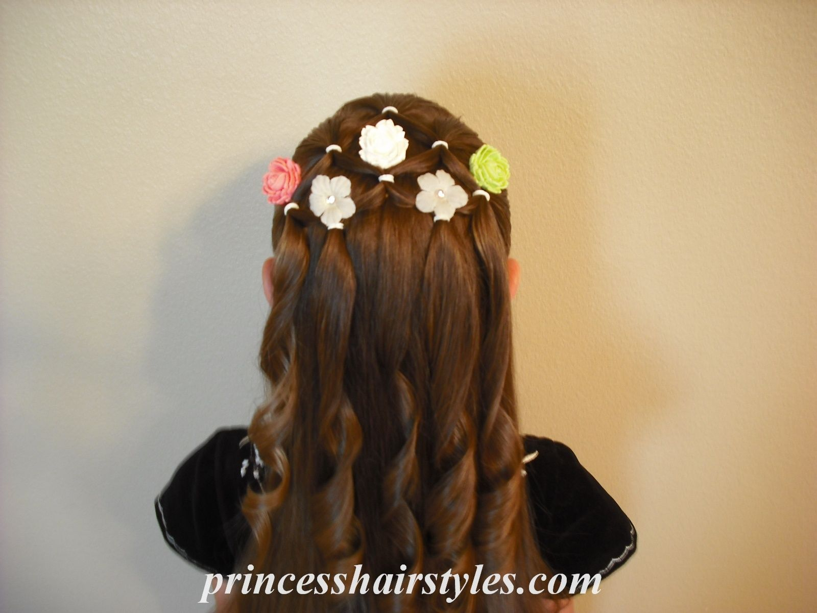 Flower Girl Hairstyles Pinterest: Or This One. The General Idea Is Ringlets, Flowers, And