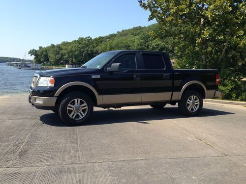 Black Ford Pickup 2005 Four Door 2005 Ford F 150 Lariat Crew Cab