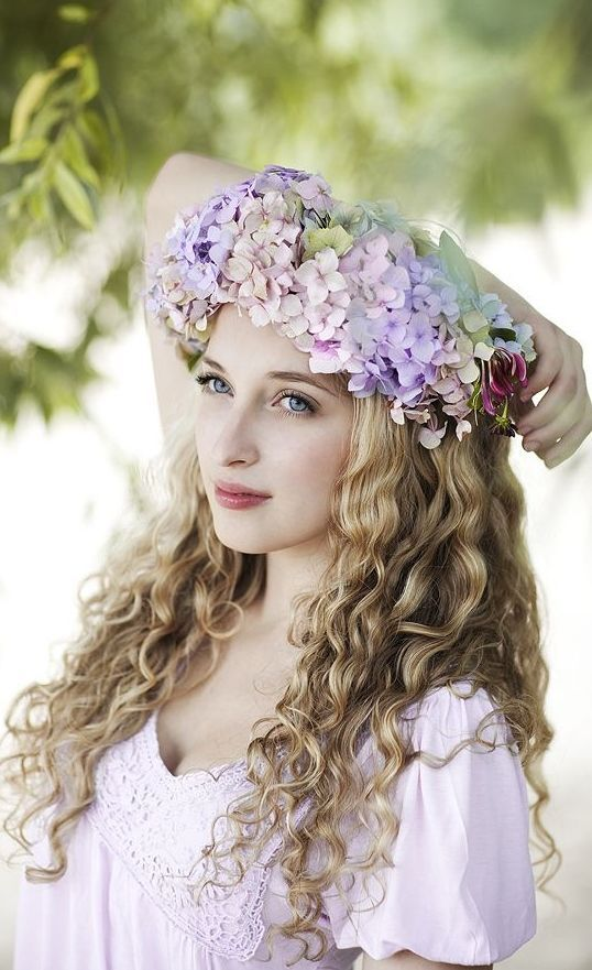 """I know a 'face' where the wild thyme blows, Where oxlips and the nodding violet grows, Quite over-canopied with luscious woodbine, With sweet musk-roses and with eglantine."" William Shakespeare, A Midsummer Night's Dream"