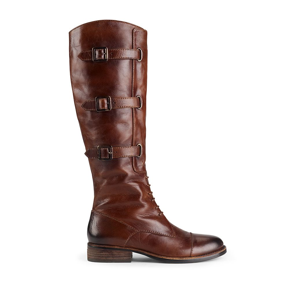 THESE are the ones, people.  Thank you Vince Camuto for making me want such expensive boots...*sigh