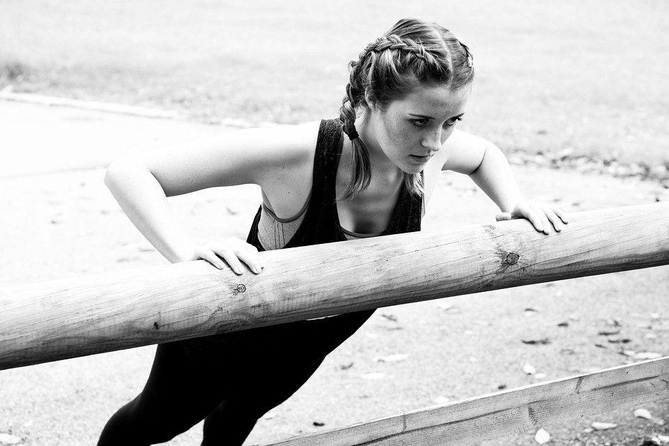Est-ce que vous ne vous sentez pas assez souple aujourd'hui? L'étirement améliore votre souplesse, vous permettant de vous déplacer plus facilement. #stretching🌿🤸💚
